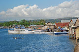 harbour-houses-stilts-maumere-indonesia-25925475[1]