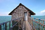 kelong-floating-platform-beautiful-indonesia-30181360[1]