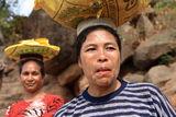 lamalera-woman-carrying-goods-16929266[1]
