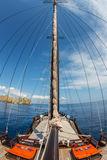 mast-pinisi-boat-indonesia-35687748[1]